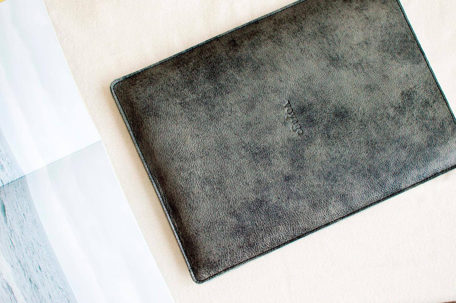 Kožený obal na MacBook Air 13