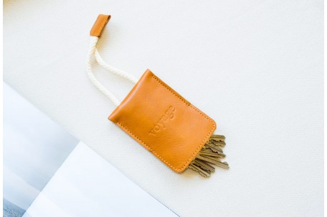 Leather key holder // WRIST (Brown)