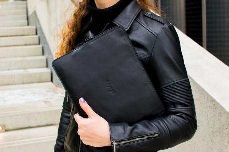Kožený obal na iPad // SAFE (Black)