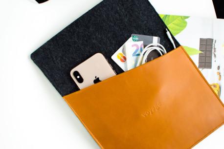 Obal na MacBook // CULT (Brown/Dark)