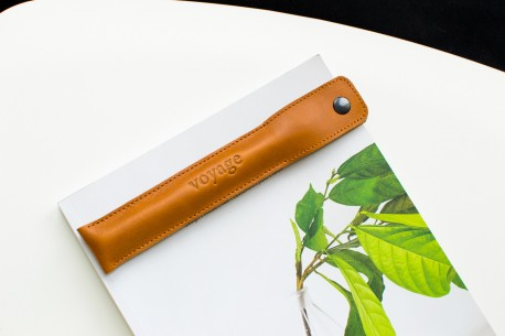 Apple Pencil leather case // PLUME (Brown)