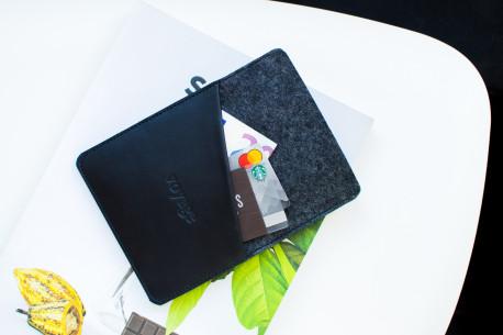 Obal na iPad // CULT (Black)