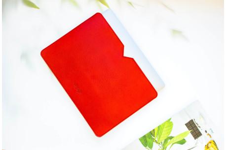 Leather MacBook sleeve // LOFT (Red)