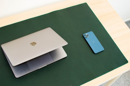Leather desk pad // LAPLORD (Green)