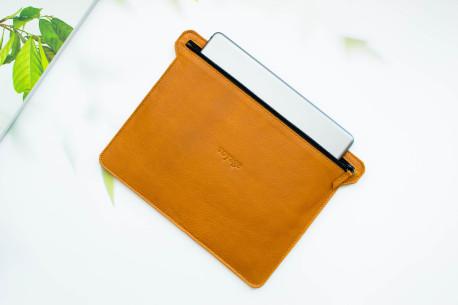 Kožené pouzdro na iPad // HOLD (Brown)
