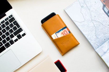 Samsung Galaxy leather sleeve // PELTA Plus