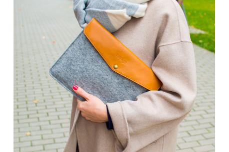 Leather MacBook case // ANKER (Brown/Light)